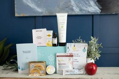 Loti Wellness Self-Care Box (CANADA) Photo 2