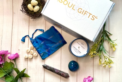 Soul Gifts Box - A Crystal Subscription Box Photo 1