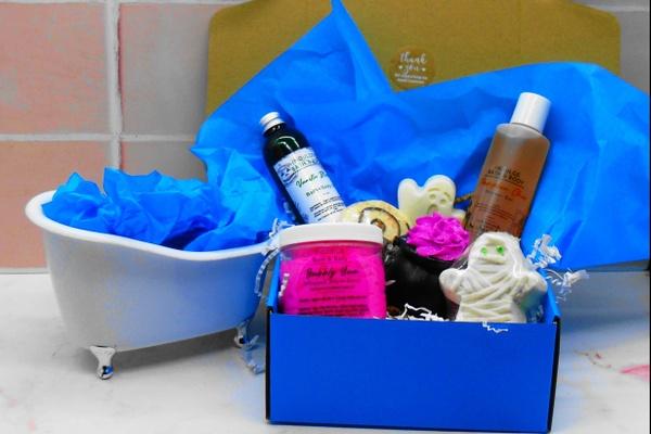 Indulge Bath & Body Box by Exterior Indulgence Photo 1