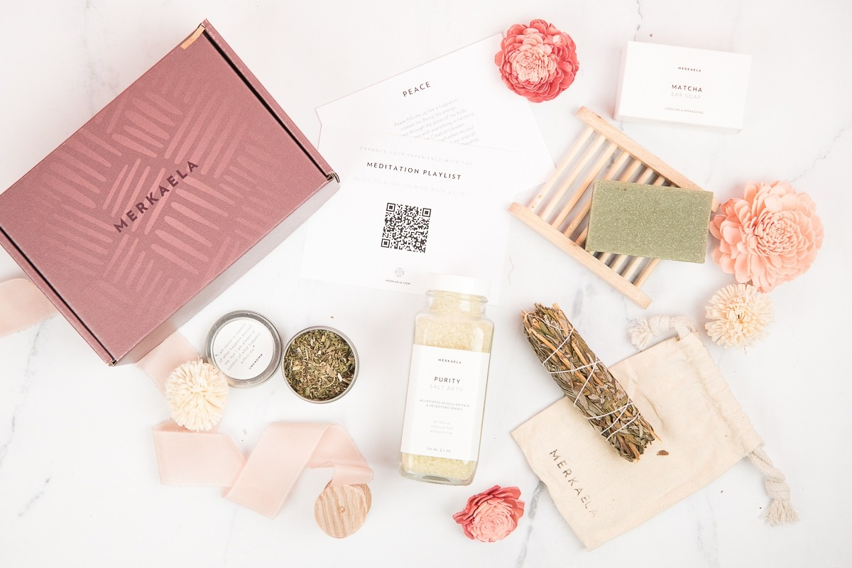 Merkaela Deluxe Wellness Box Photo 1