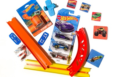 Hot Wheels HotBox Photo 3