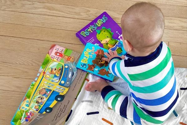 Little Hippo Books Photo 1