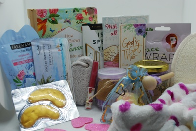 Deluxe Spa Gift Box Photo 1