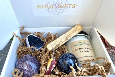 Soul Gifts - A Crystal Subscription Box Photo 2