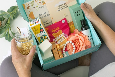 Loti Wellness Self-Care Box (CANADA) Photo 3