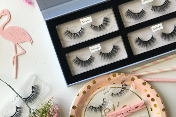 Kinder Lash Box Photo 1