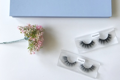 Kinder Lash Box Photo 2