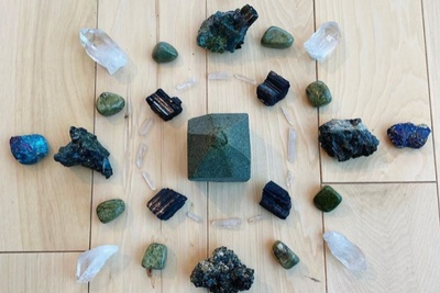 Subscription Boxes for Crystal Healing & Inner Peace Photo 2