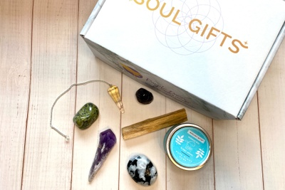 Soul Gifts Box - A Crystal Subscription Box Photo 2