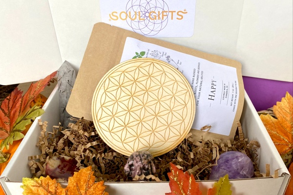 Soul Gifts - A Crystal Subscription Box Photo 1