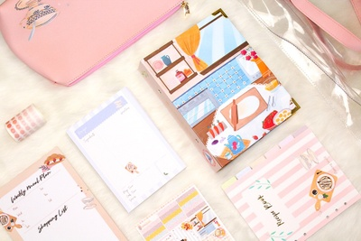 Seasonal Stationery Box Photo 3