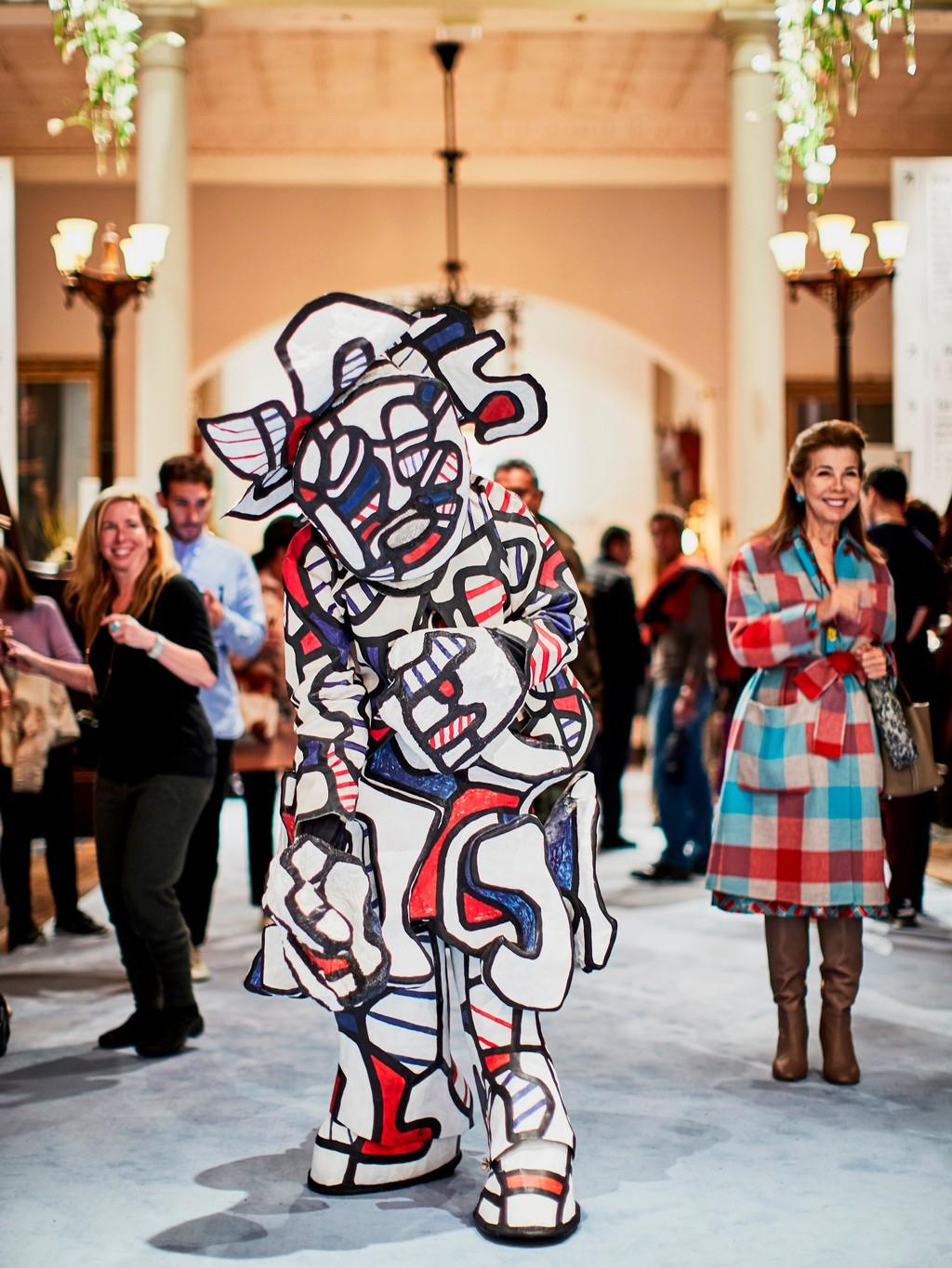 modern art fair event