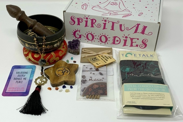 Spiritual Goodies box Photo 1