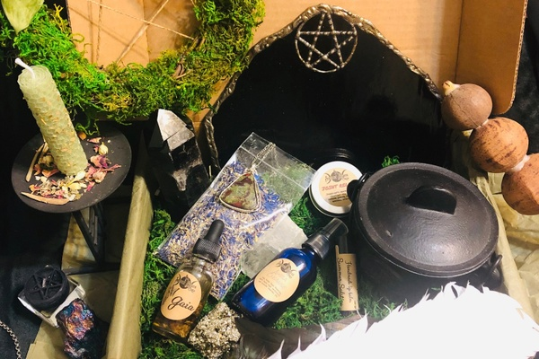 Sacred Space Crate Photo 1