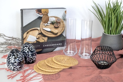 ELhyme Home Decor Subscription Box Photo 1