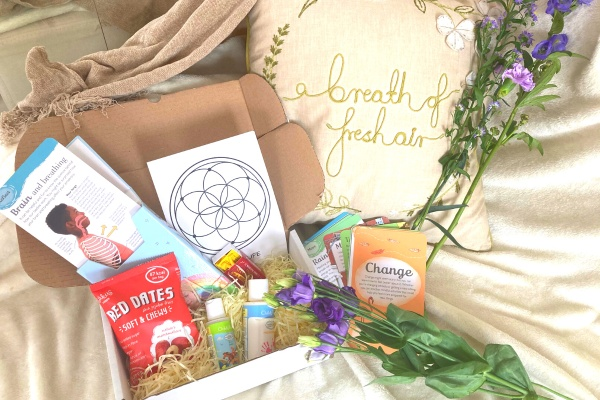 Yoga & Mindfulness Box for Children Photo 1