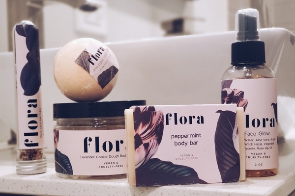 Flora Baths Kit Photo 1