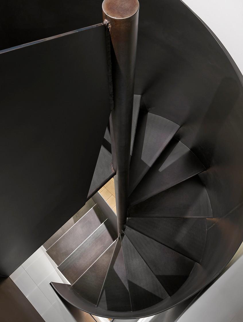 escalier A recadré 2.jpg
