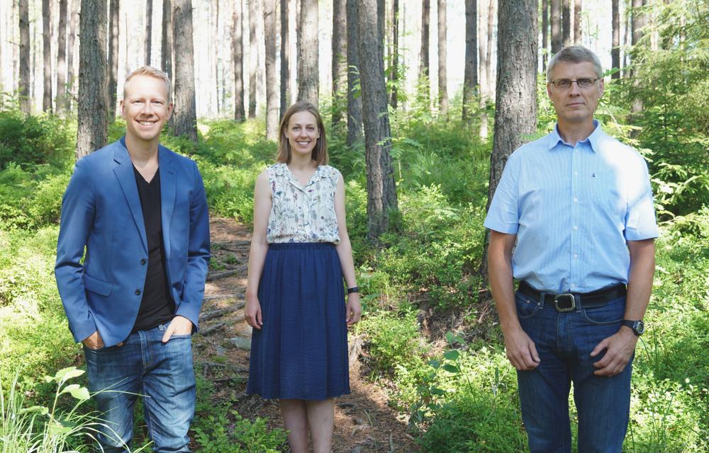 Fredrik Lindroos, vd, Karlstad Innovation Park, Kristine Seger, controller, Paper Province och Per Myrén, projektledare, Paper Province, tillhör två av fyra aktörer som samarbetar för att hjälp företag som påverkats av pandemin.