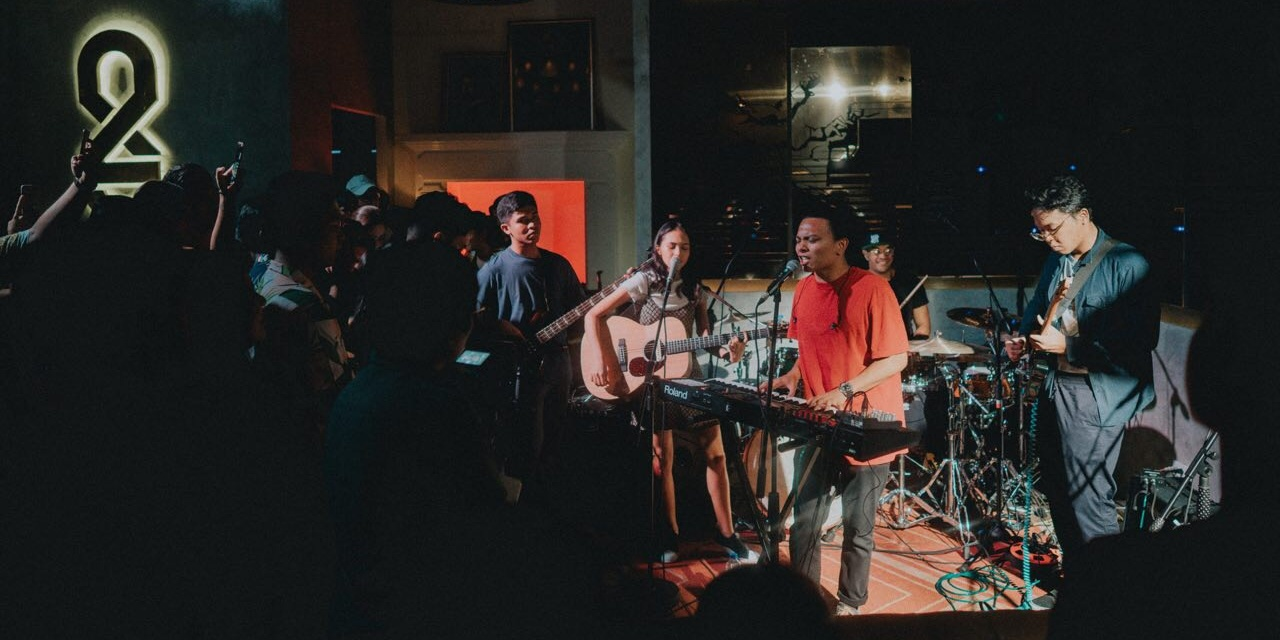 Amadeo makes debut with Clara Benin on new single 'Different Kind of Love' – listen