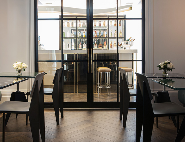 The Laslett Henderson bar
