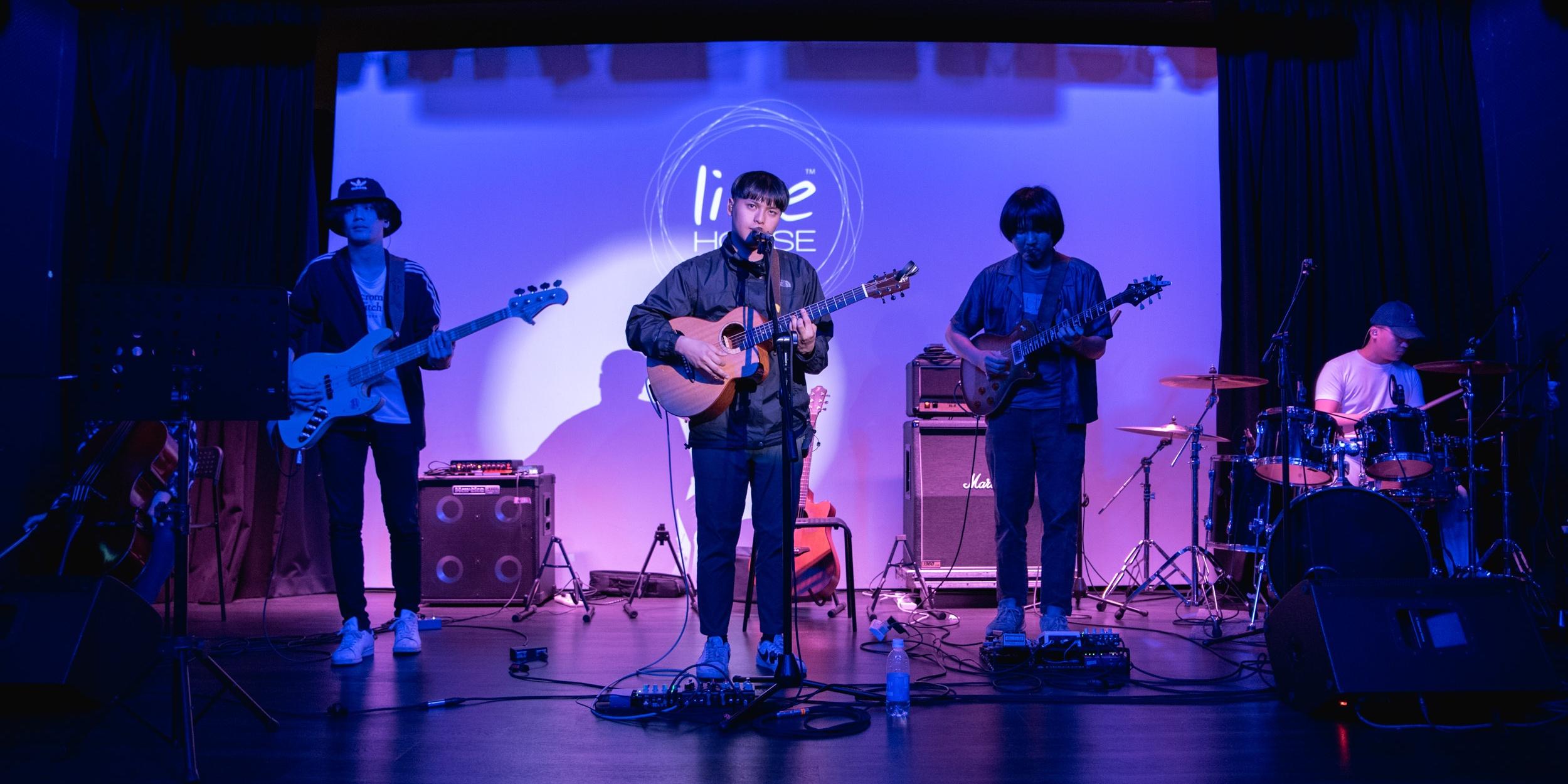 老王乐队演唱会回顾:年轻一代最具代表性的声音