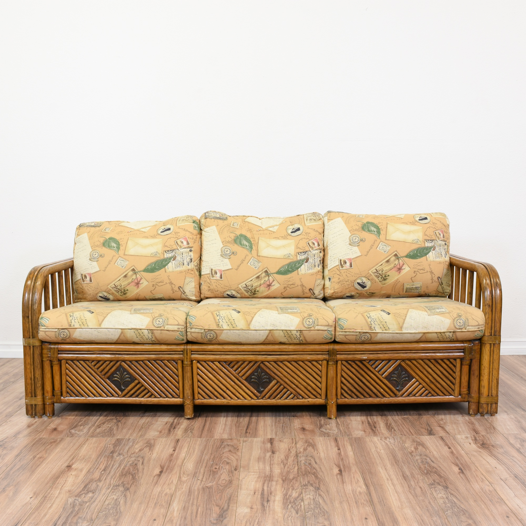 Tropical rattan sleeper sofa bed loveseat vintage for Wicker futon sofa bed