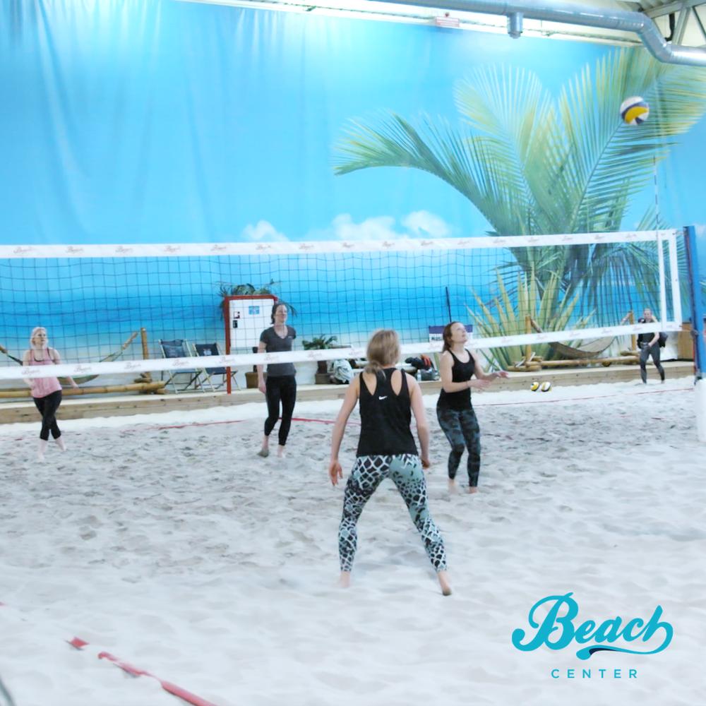 Spela beachvolley på fast tid varje vecka