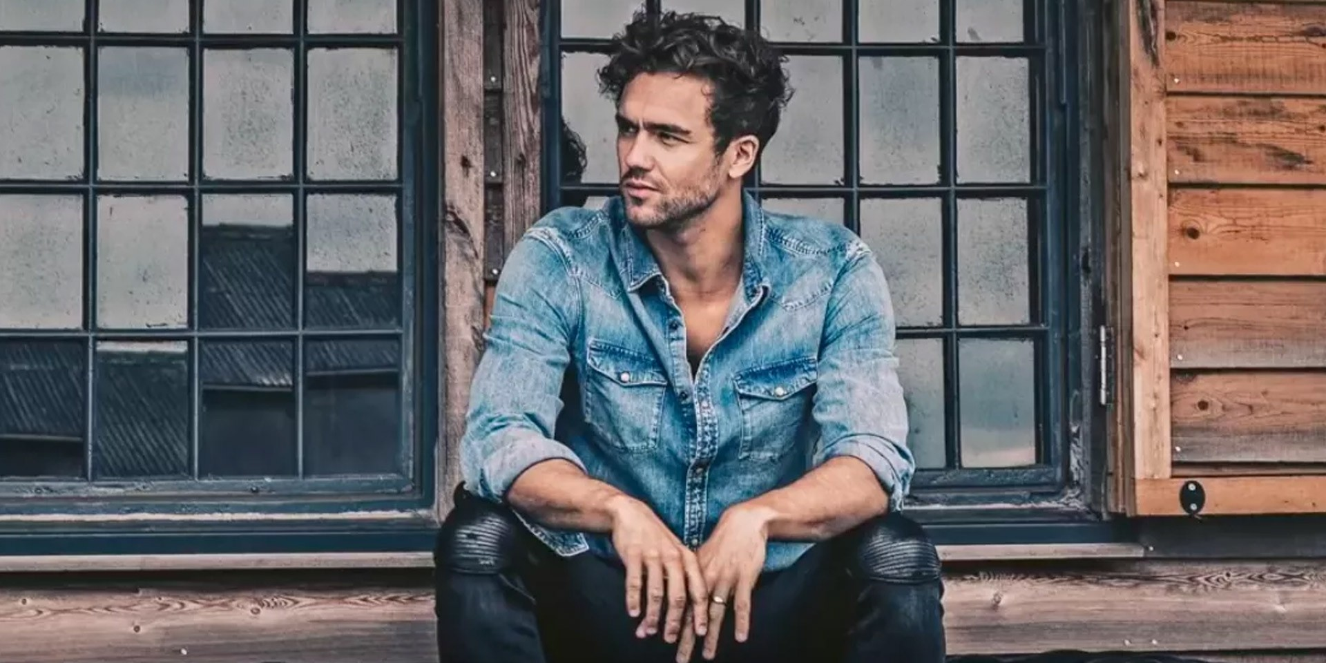 Lawson's Andy Brown to hold solo acoustic concert in Manila