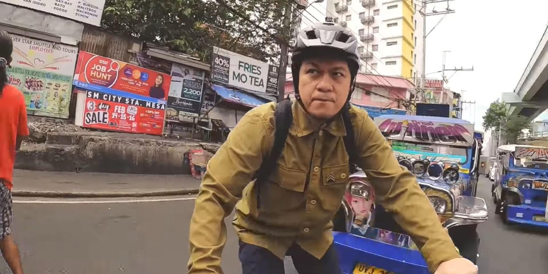 Sandwich's Raymund Marasigan battles with Manila traffic in 'Buhol Buhol' music video – watch