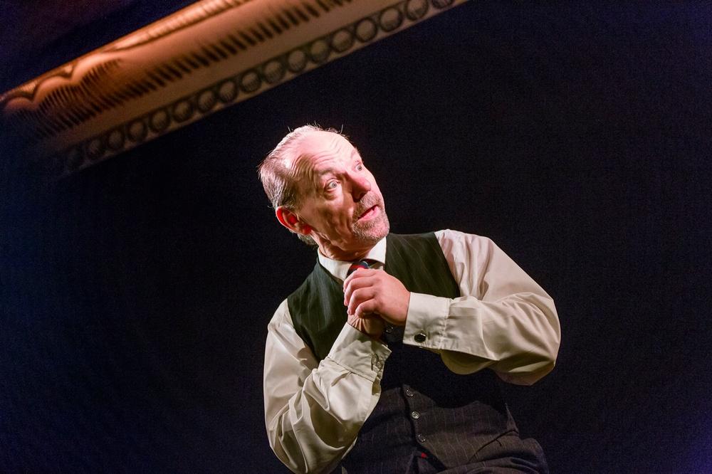 Gunnar Eklund i När prinsen kom till byn, på Berättarfestivalen 2019. Foto: Patrick Degereman.