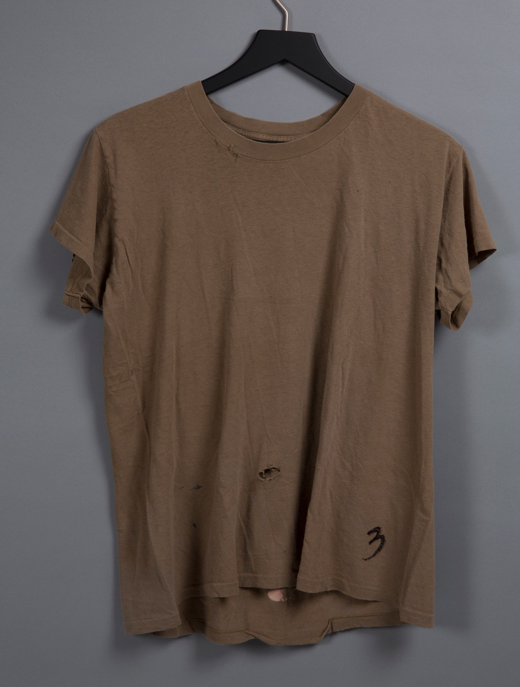 7e1fd97c2ff9 Eddie Vedder heavily worn Concert used t- shirt