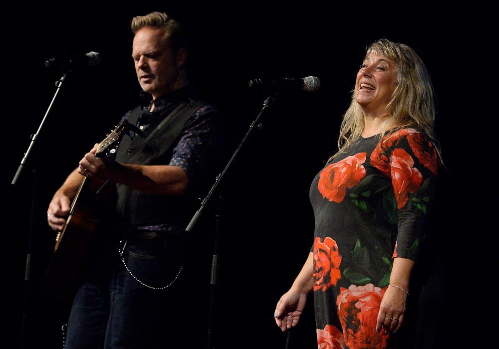 Stina Wollter och Micke Olsson Wollter, medverkar på Berättarfestivalen 2021. Foto: Ulf Johansson.