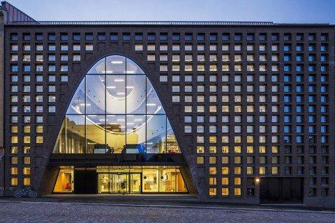 52afe3d8e8e44e1c91000060_helsinki-university-main-library-anttinen-oiva-architects_copy__an38920_copia