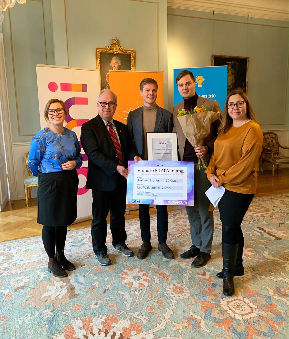 Hanna Engström-Löwenborg från Almi GävlaDala, landshövding Per Bill, Leo Waldenbäck och Tim Waldenbäck från Zutobi samt Ulrika Malmqvist på Movexum.