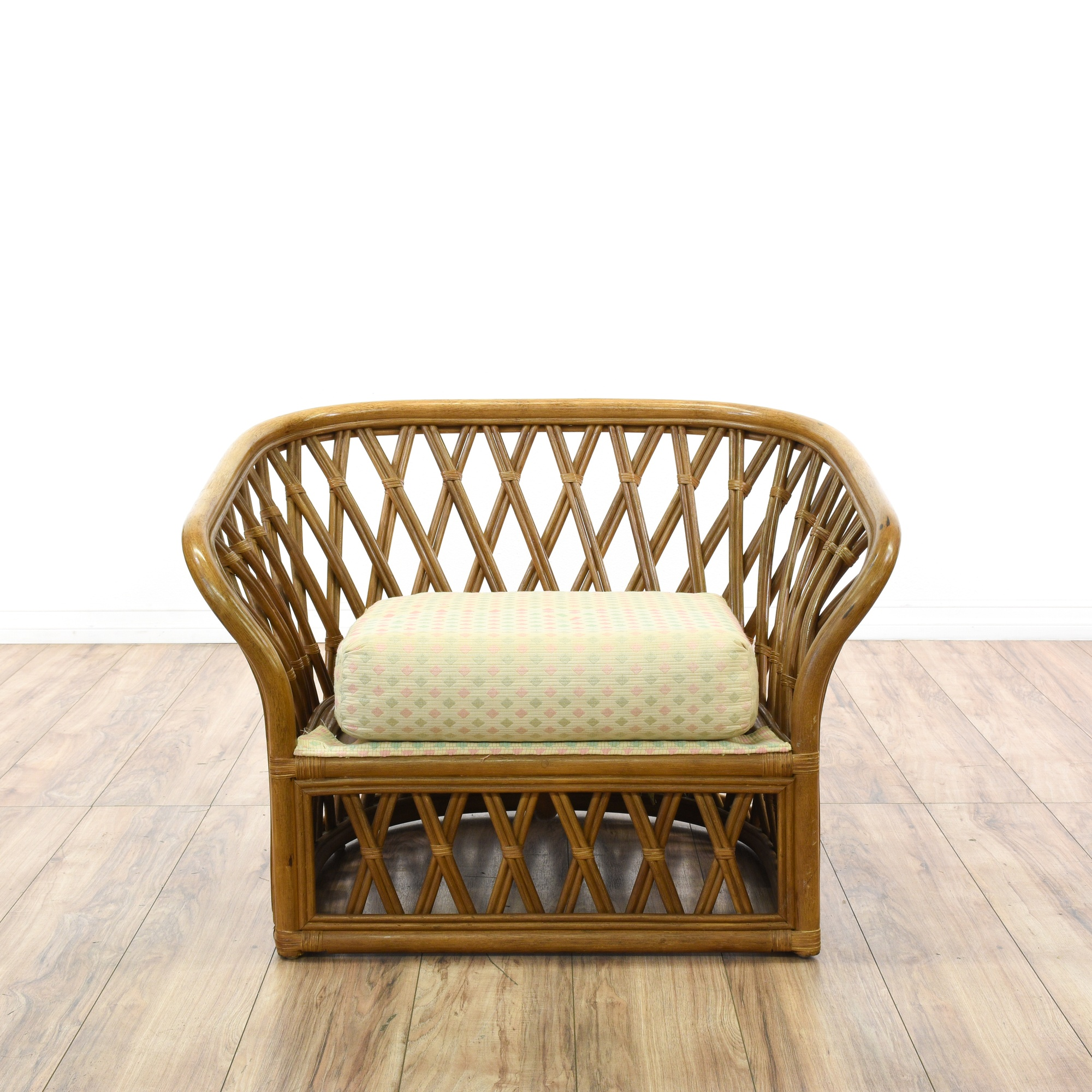 Bohemian rattan curved back lounge chair loveseat for Curved lounge