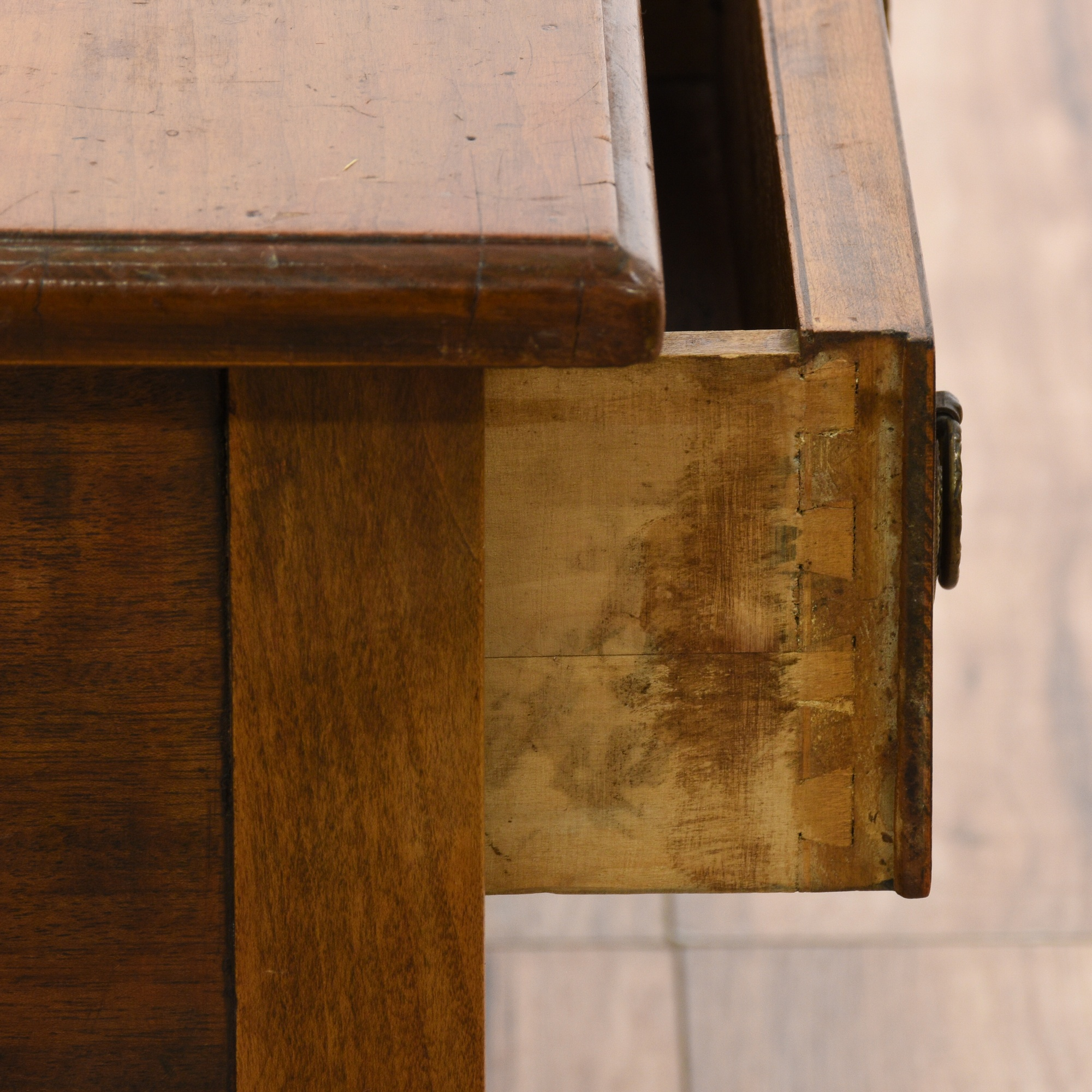 Small rustic cherry 2 drawer coffee table loveseat for Small rustic wood coffee table