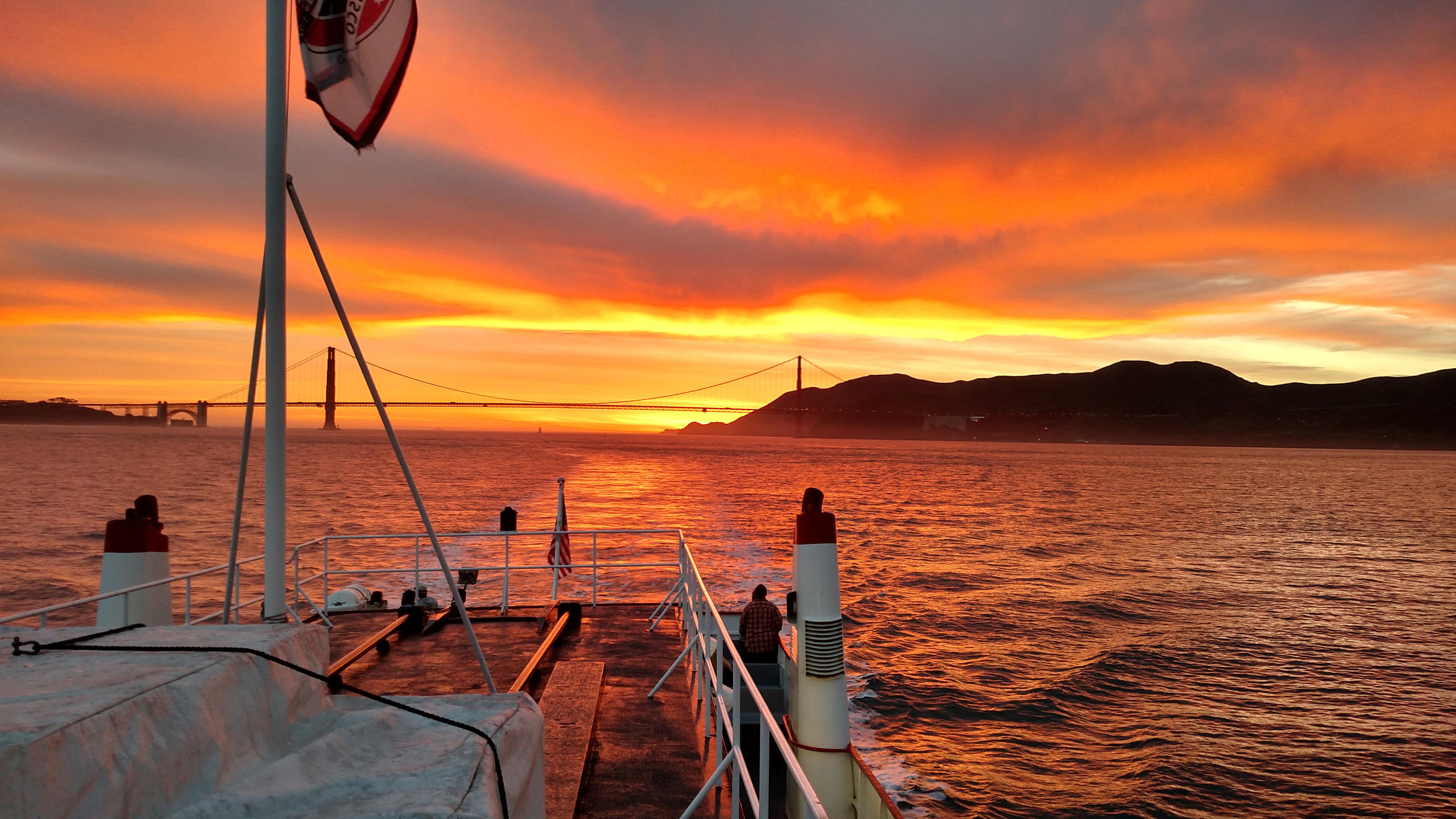 1-Day Wine Country Tour - California Sunset Cruise