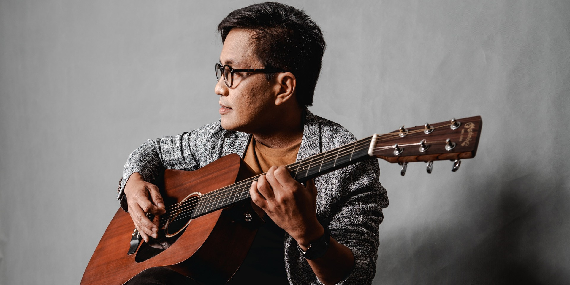 Ebe Dancel questions the stretches of love with new single 'HanggangKailan Kita Mahihintay' – watch