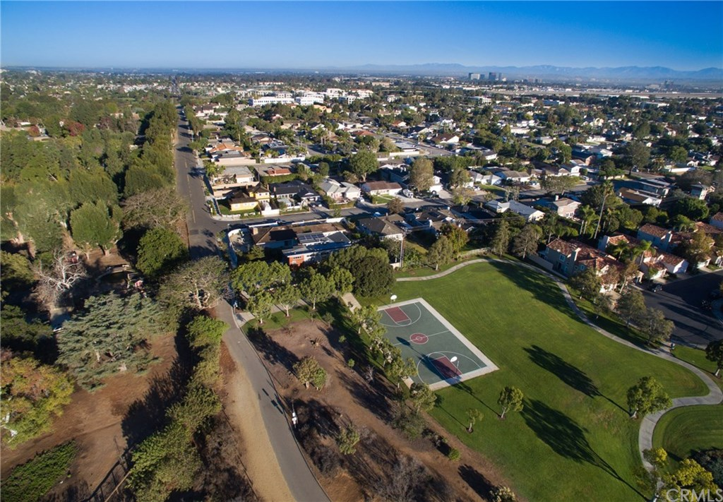 2411 Orchid Hill - $1.57M