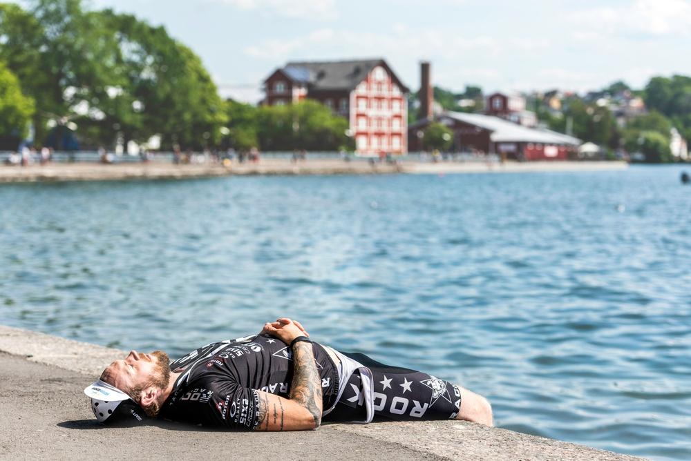 Målgång Halvvättern.  Foto: Petter Blomberg