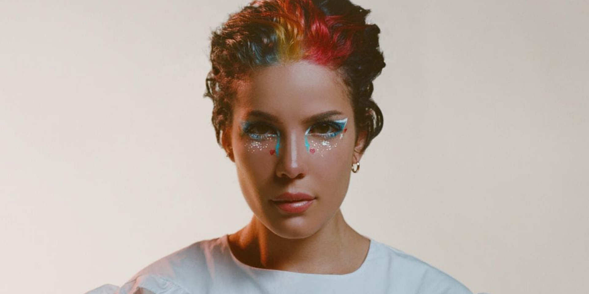 Halsey releases mesmerising new single and music video 'clementine'