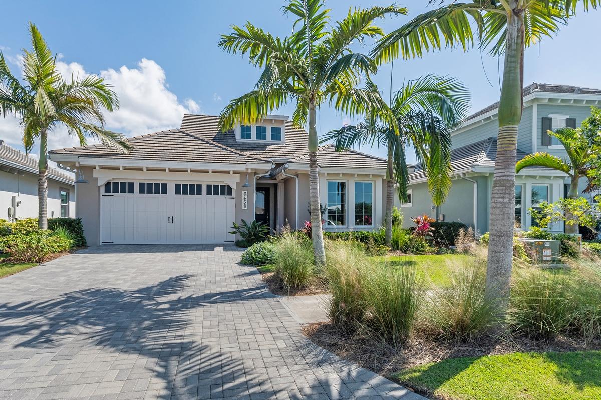 6438 Warwick Avenue, Naples, FL 34113 | The Harris-Peppe ...