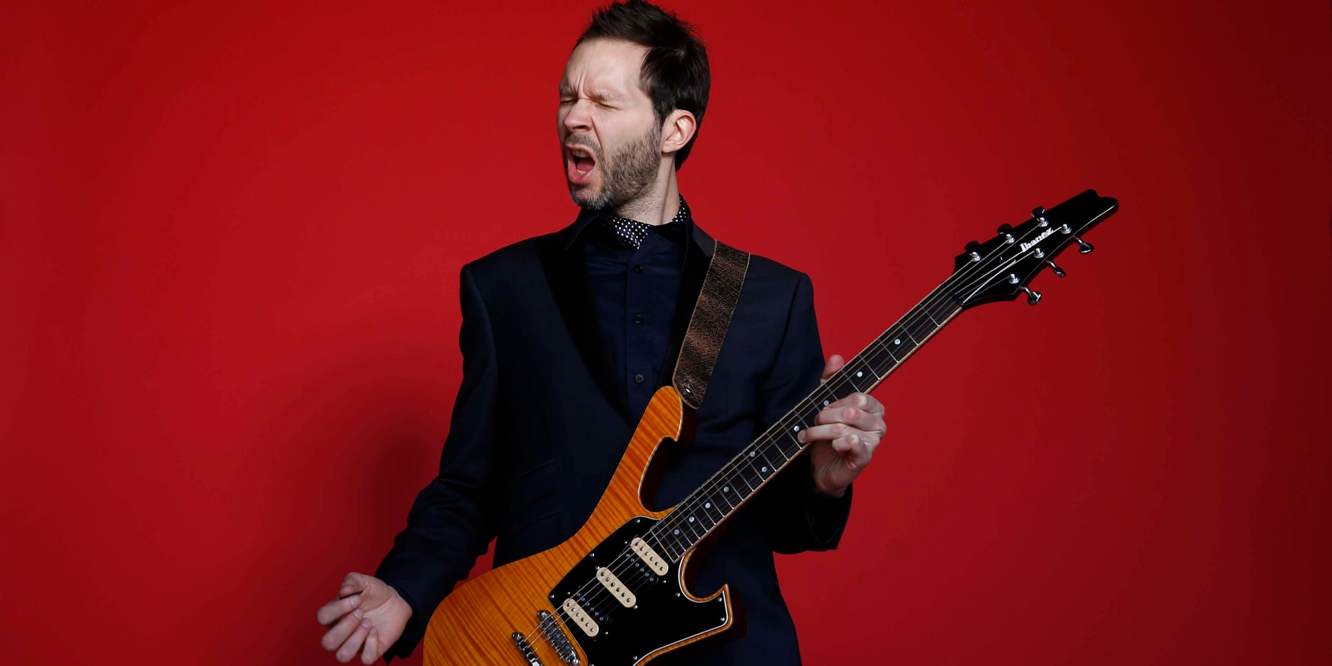 Paul Gilbert to perform in Singapore this December