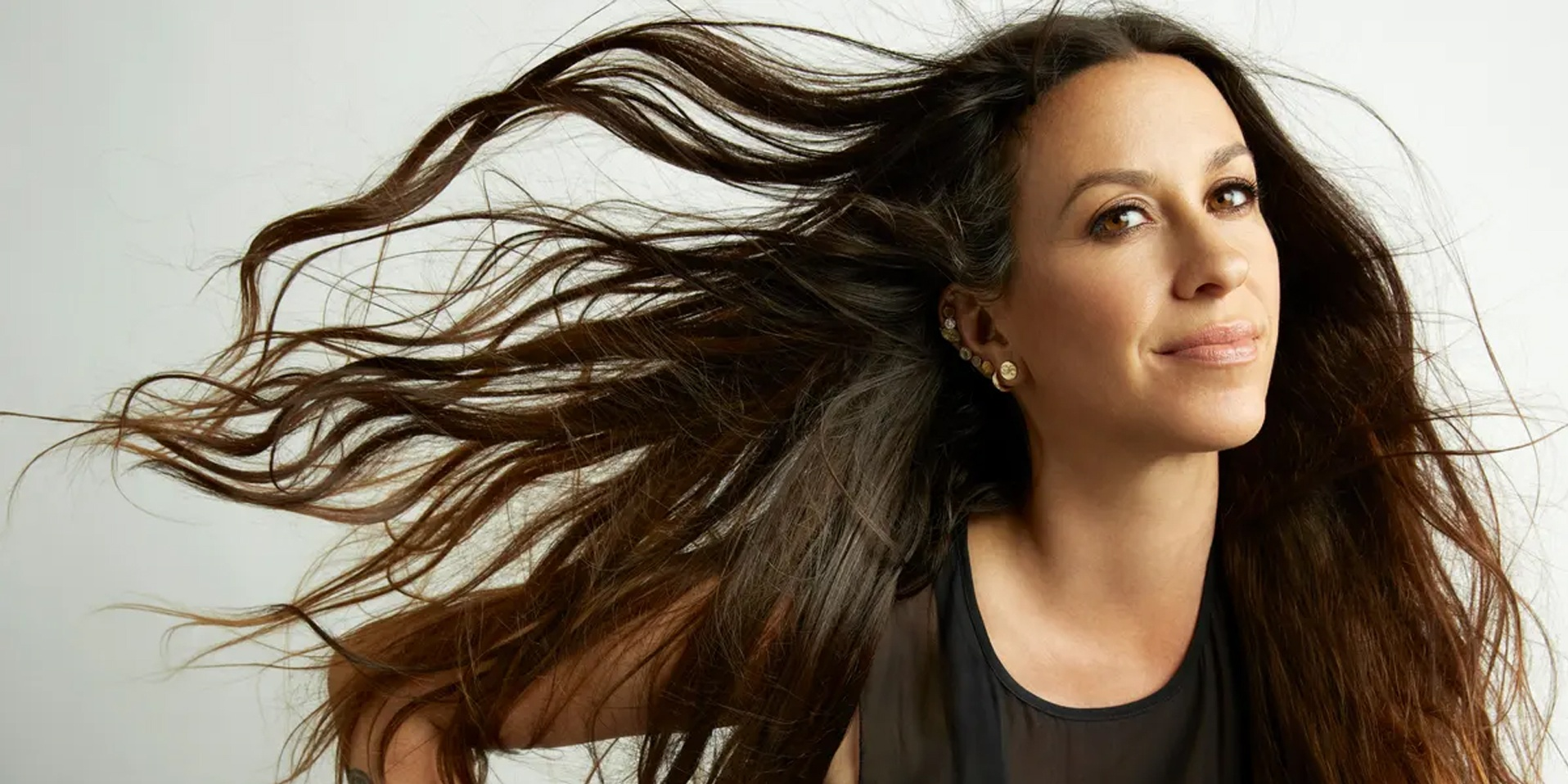 Alanis Morissette's 2-day Manila concerts postponed to late 2021