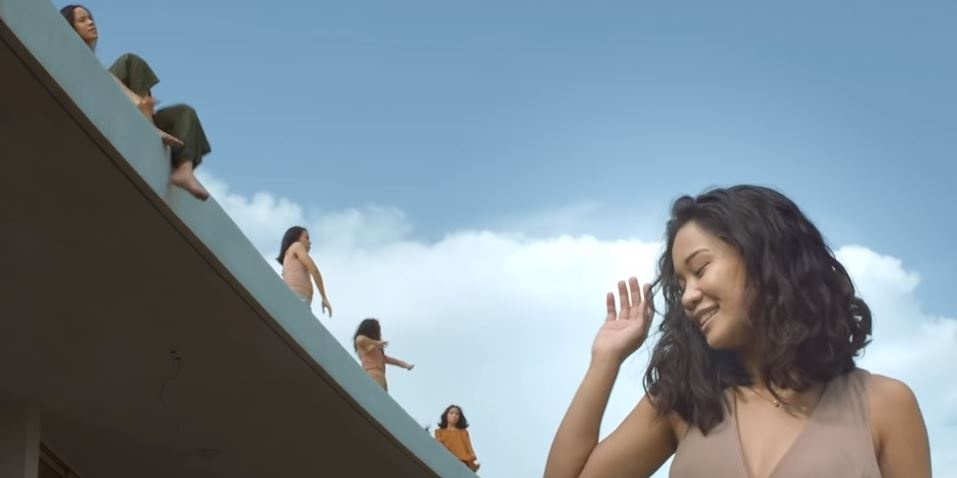 Bea Lorenzo highlights the art of movement in debut music video 'Ili (Hush)' – watch