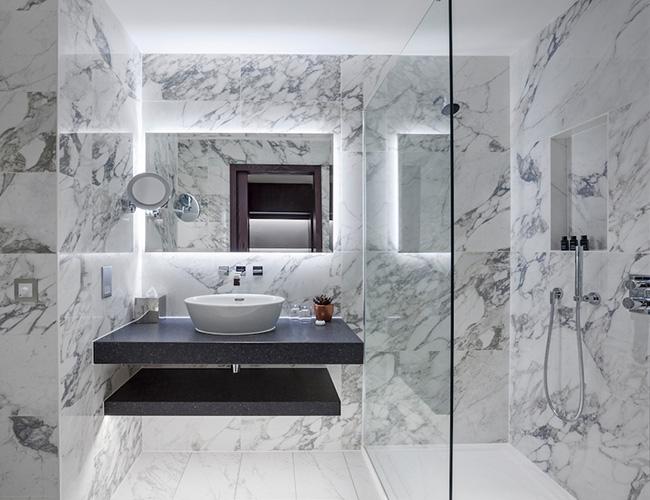 Bathroom at the Tamburlaine hotel Cambridge