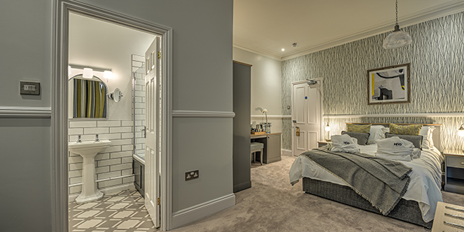 The Hog Lowestoft bedroom