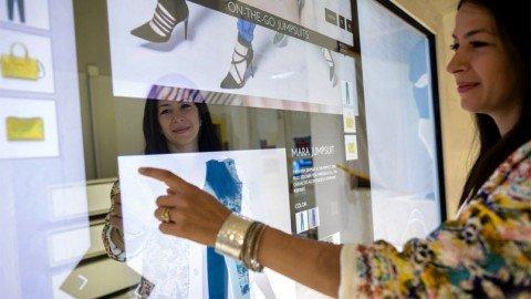 Rebecca-Minkoff-Magic-Mirror-Reality-Interactive