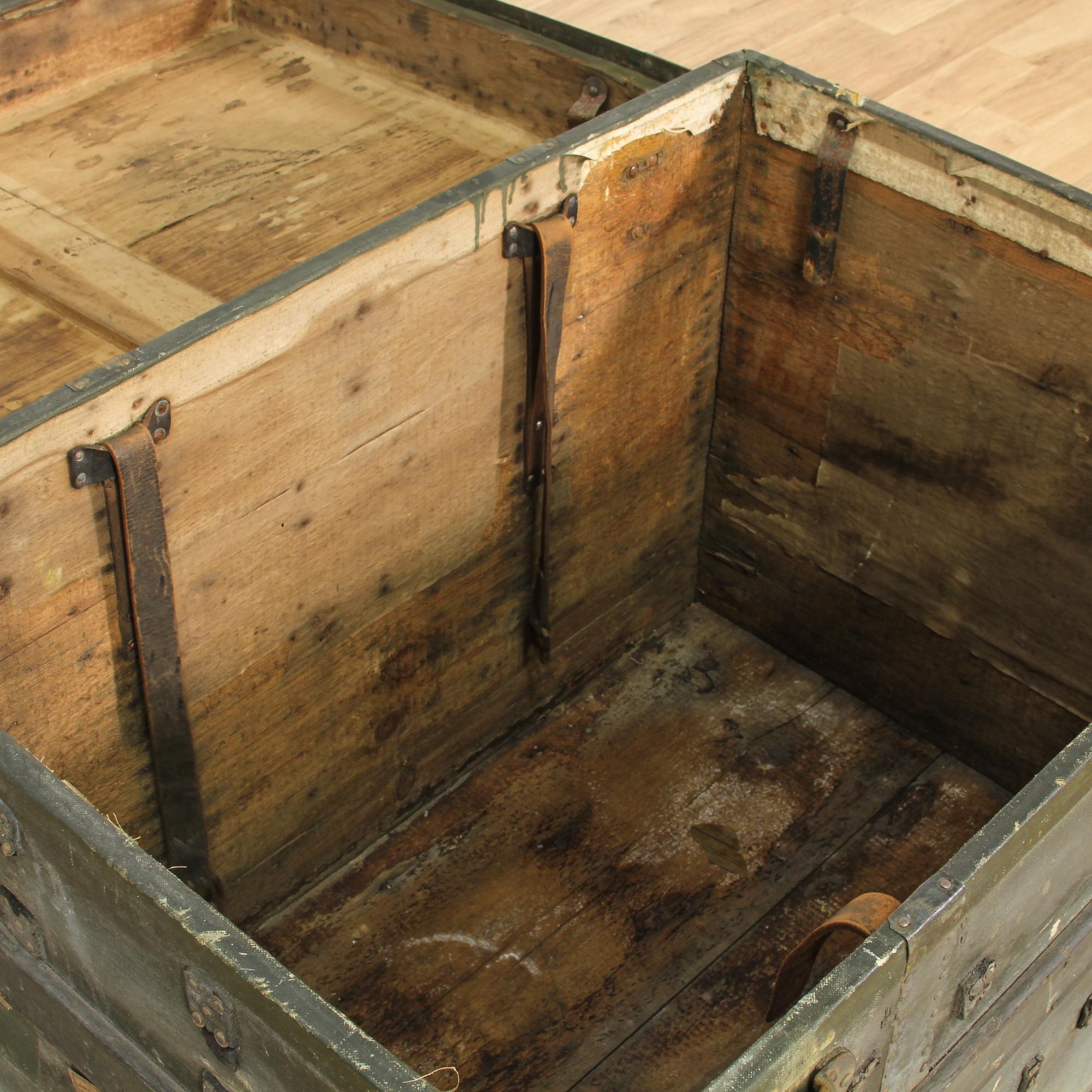 Antique slat wood blanket trunk loveseat vintage for Reclaimed wood los angeles